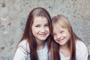 Laura_and_Lisa web